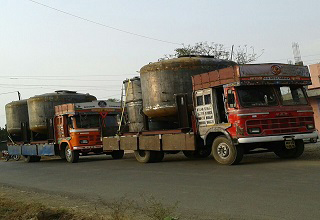20ft 22ft 24ft open platform  commercial goods  transportation  trucks  vehicles for oversize load  odc cargo goods heavy haulage  oog cargo shipment movement all India Transportation service